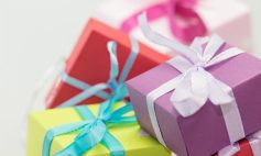 cropped-cropped-cropped-colorful-gifts.jpg